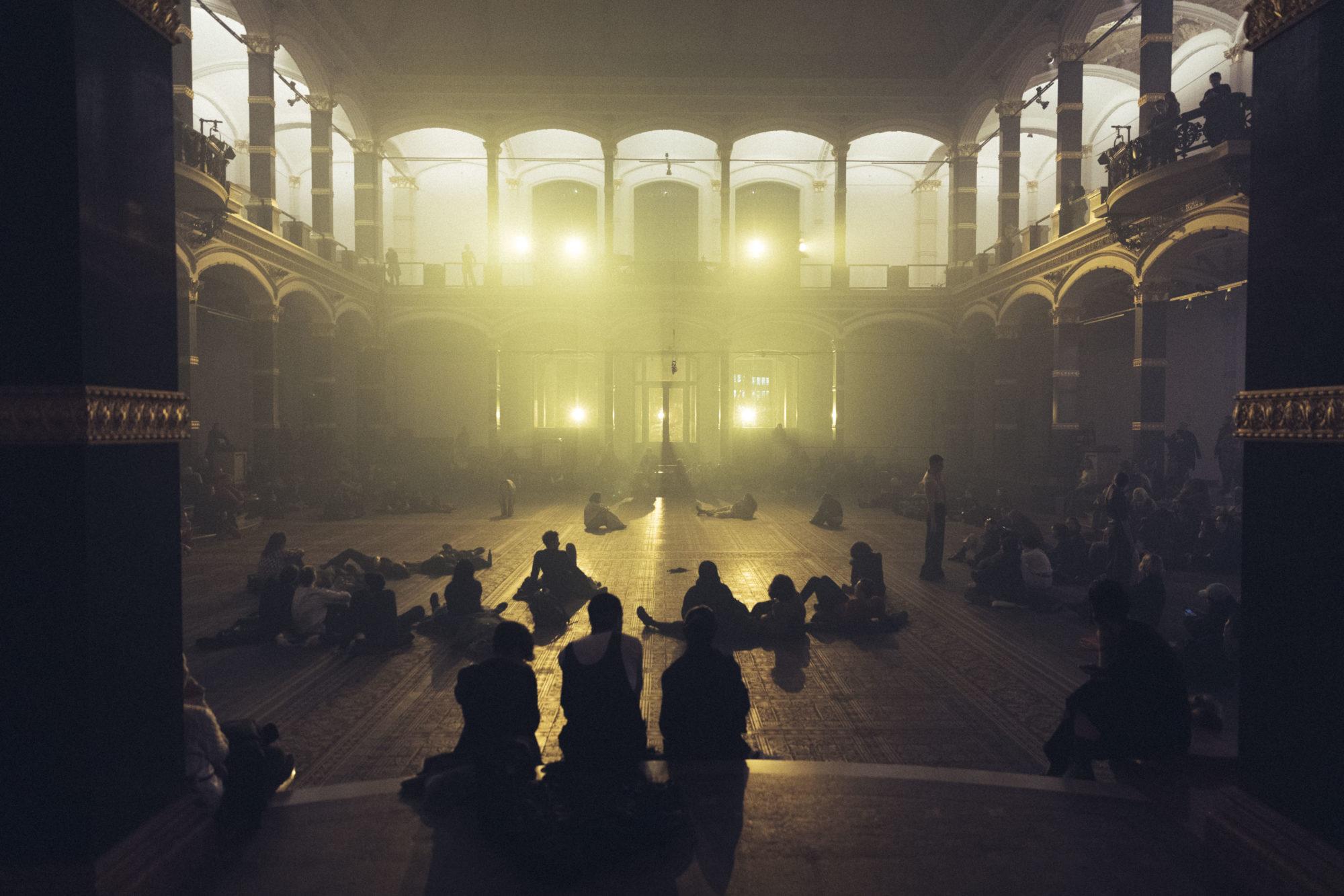 Dead Time Blue, performance view, Martin Gropius Bau, 2020